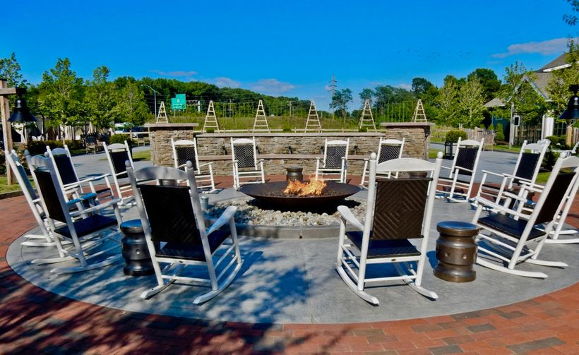 Fire Pit Inn at Chesapeake Bay Beach Club Kent Island MD