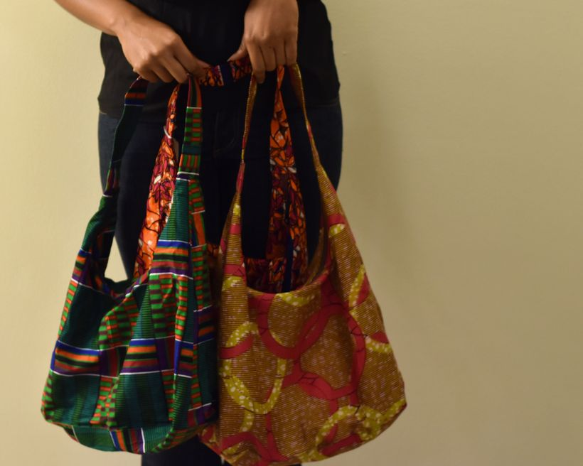 <em>A beautifully patterned and multicolored hobo bag destined for numerous adventures!</em>