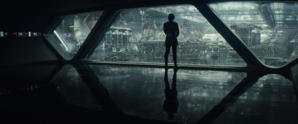 """The chief joy of the new """"Star Wars"""" trilogy -- other than the porgs --is seeing characters meet or reunite. """"The Last"""