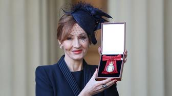 LONDON, ENGLAND - DECEMBER 12: Harry Potter author JK Rowling after she was made a Companion of Honour by the Duke of Cambridge during an Investiture ceremony at Buckingham Palace on December 12, 2017 in London, England. (Phopto by Andrew Matthews - WPA Pool/Getty Images)
