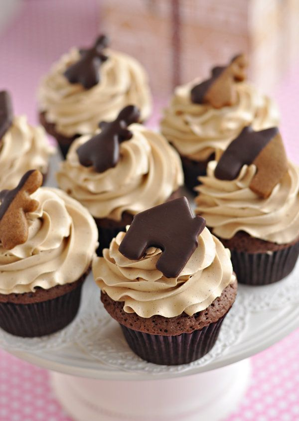 "<strong>Get the <a href=""http://sweetapolita.com/2011/12/double-chocolate-gingerbread-cupcakes/"">Double Chocolate Gingerbread"