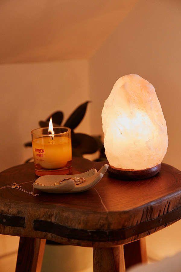"Crafted from 100% salt, <a href=""https://www.urbanoutfitters.com/shop/himalayan-salt-lamp?adpos=1o6&cm_mmc=SEM-_-Google-_"