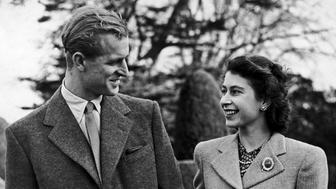 Princess Elizabeth and the Duke of Edinburgh arm in arm. 28th November 1947. (Photo by Daily Mirror/Mirrorpix/Mirrorpix via Getty Images)