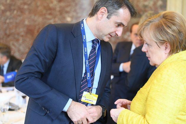 Τι συζήτησαν Μέρκελ-Μητσοτάκης για το προσφυγικό στο περιθώριο της Συνόδου του