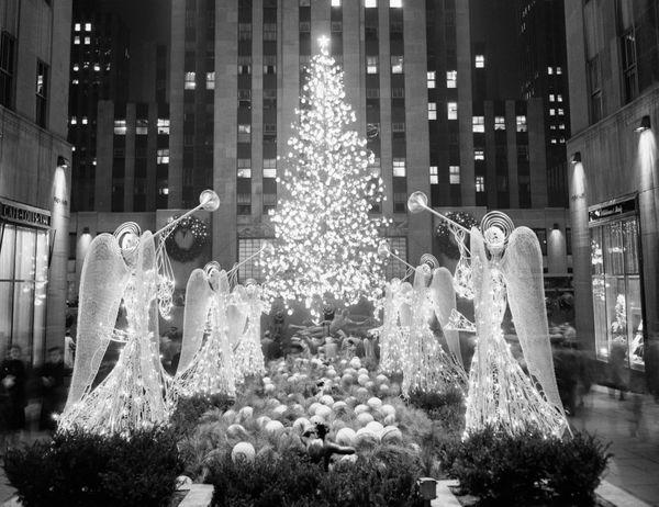 the famed rockefeller center christmas tree in 1955 - Vintage Christmas Photos