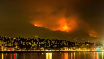 SANTA BARBARA, CA - DECEMBER 13:  Fire, smoke, and ash from the Thomas Fire, currently burning in the hills above Montecito, Summerland, and Carpinteria along the eastern edges of the county, have driven away the tourists on December 13, 2017, in Santa Barbara, California. Because of its close proximity to Southern California and Los Angeles population centers, combined with a Mediterranean climate, the coastal regions of Santa Barbara have become a popular weekend getaway destination for millions of tourists each year. (Photo by George Rose/Getty Images)