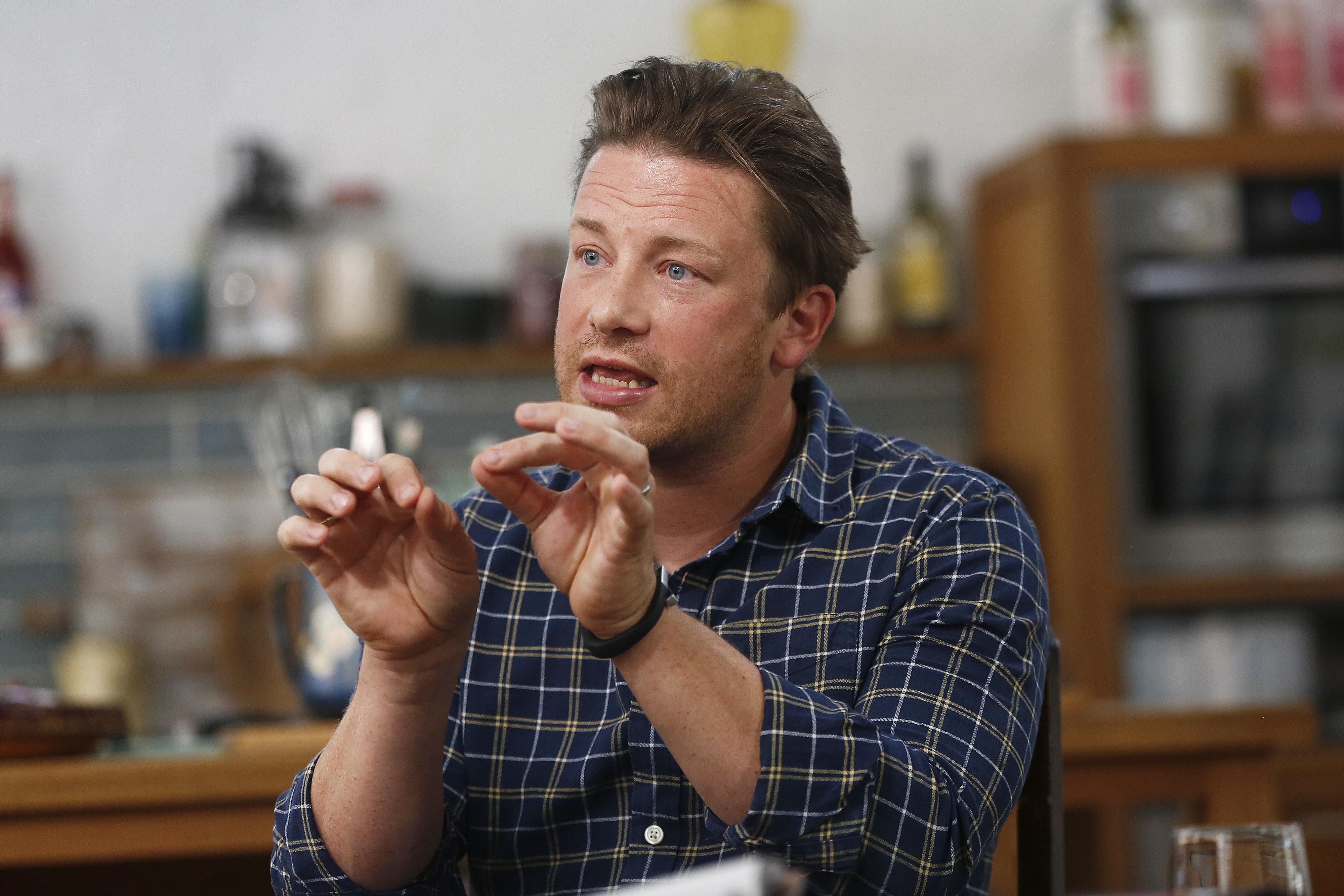 Jamie Oliver würde etwas richtig Ekliges machen, wenn er für Donald Trump kochen müsste