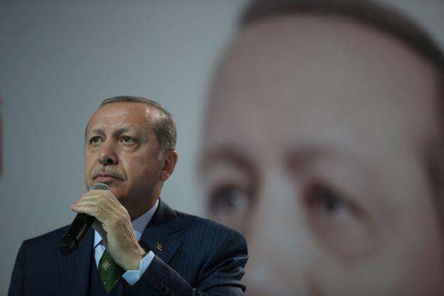 Ο Ερντογάν λέει ότι η Τουρκία θα ανοίξει πρεσβεία στην Ανατολική