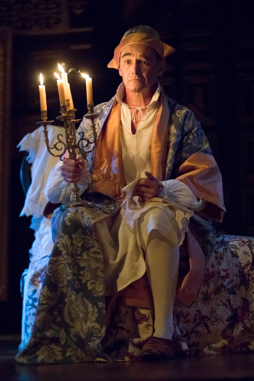 Mark Rylance as Philippe V in <em>Farinelli and the King</em>