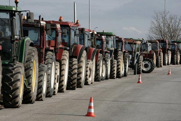 Οι αγρότες προετοιμάζουν κινητοποιήσεις τον Γενάρη. Προειδοποιούν με