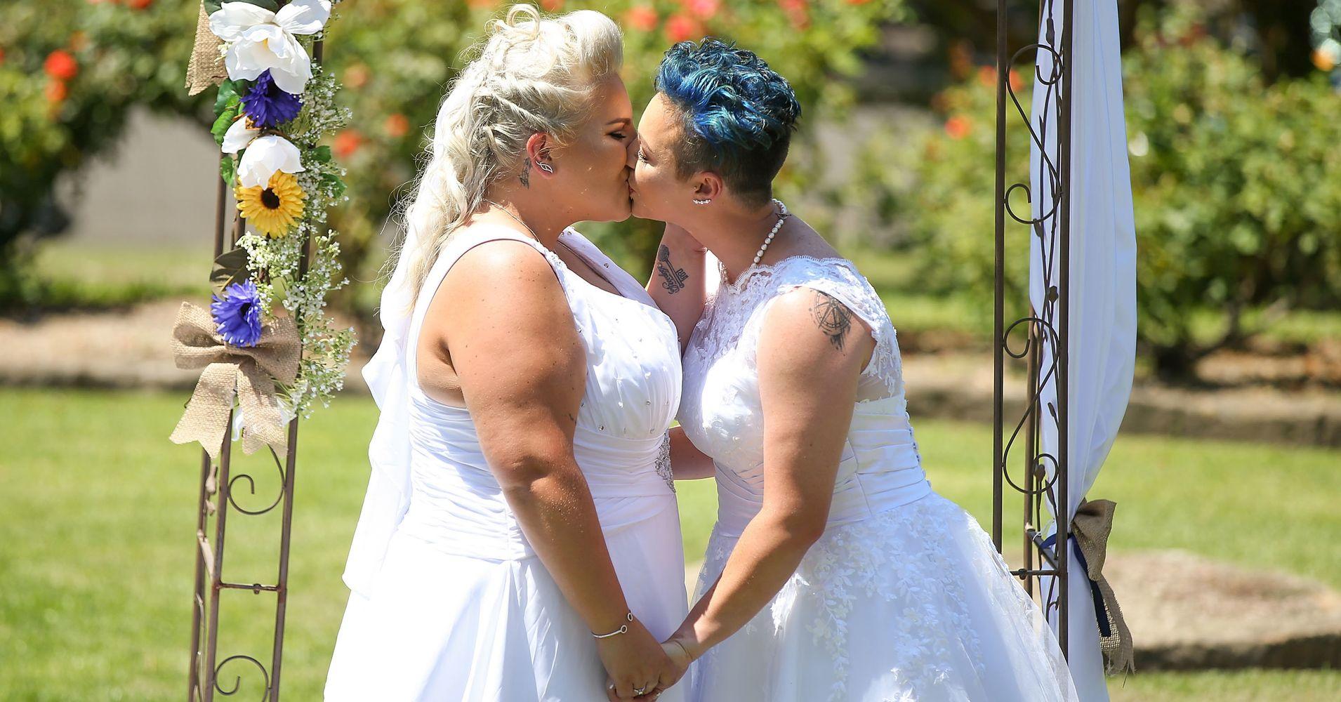 Секс тестя с невесткой онлайн, Невестка (найдено 66 порно видео роликов) 18 фотография