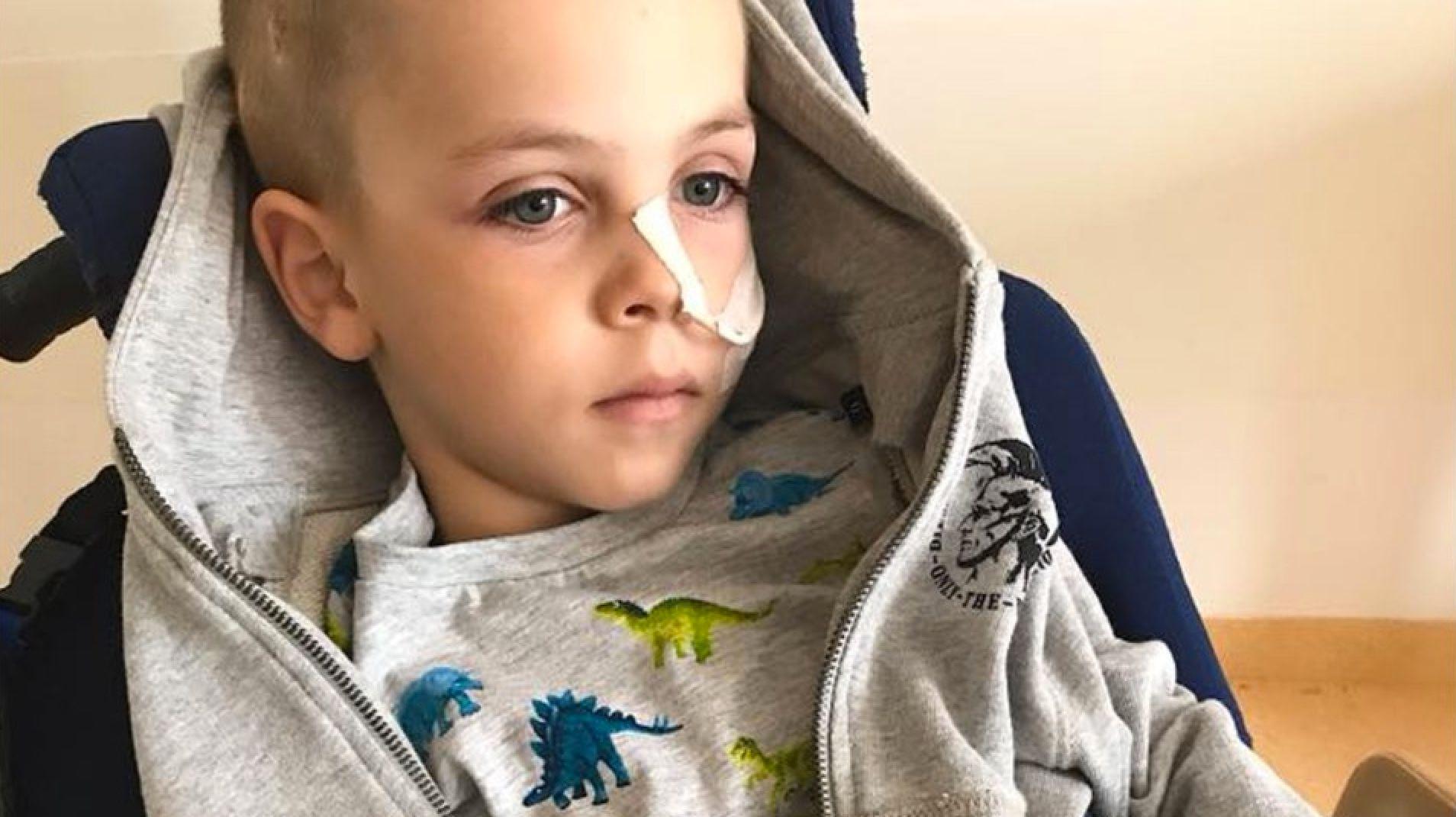 Familie will ihren todkranken Sohn nach Hause holen und braucht unsere Hilfe
