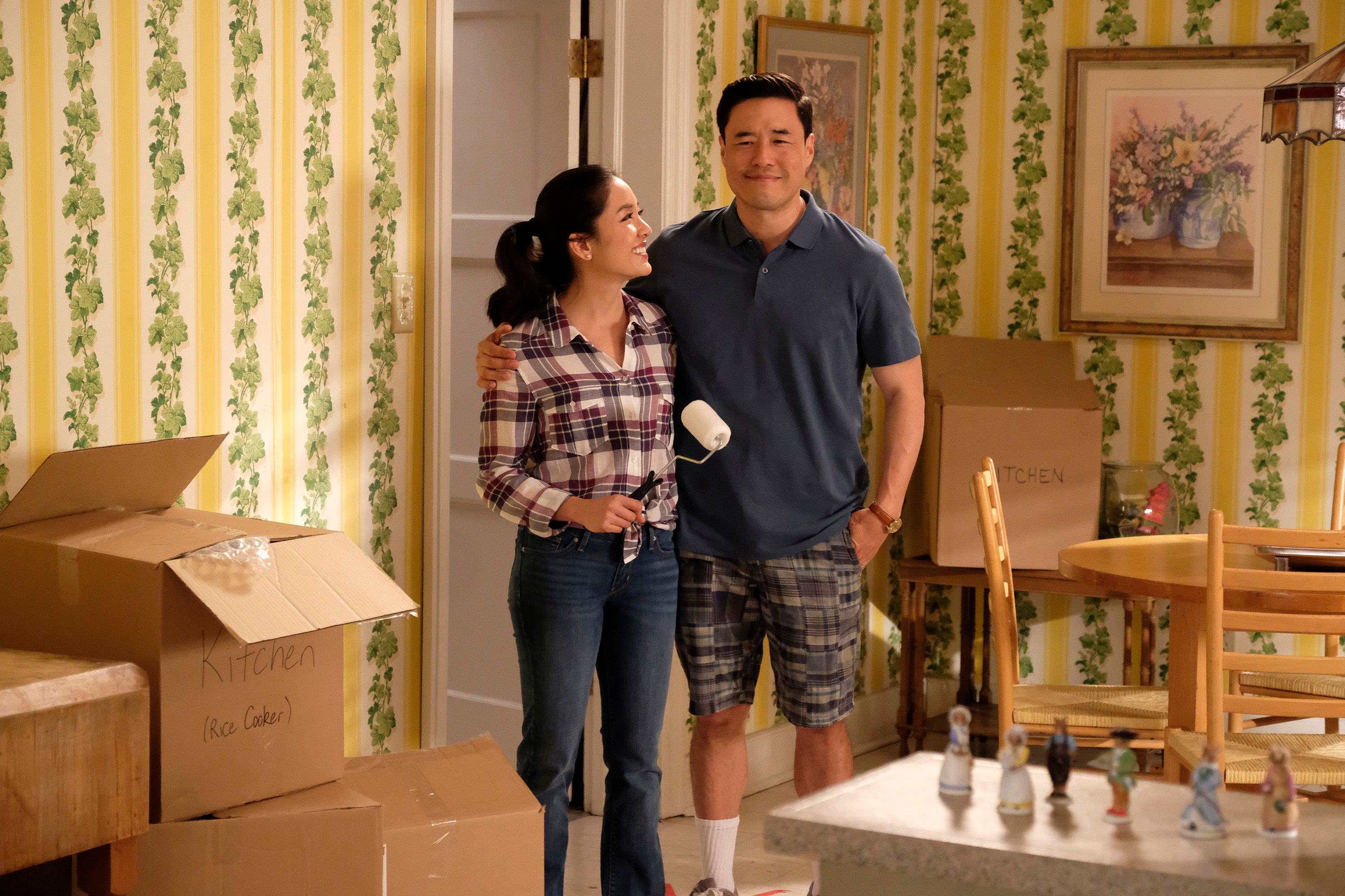 FRESH OFF THE BOAT - 'This Isn't Us' - Louis and Jessica make big changes to provide a better life for their family.  Yet these changes come with their own set of challenges and possibly a few regrets, on the season finale of ABC's 'Fresh Off the Boat,' airing on TUESDAY, MAY 16 (9:00-9:30 p.m. EDT). (Nicole Wilder/ABC via Getty Images) CONSTANCE WU, RANDALL PARK