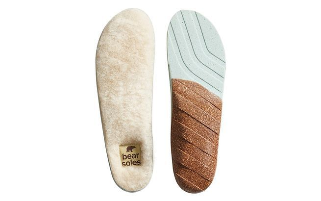 "Keep your feet toasty.<a rel=""nofollow"" href=""http://amzn.to/2kLBqom"" target=""_blank"">Buy Now!</a>"