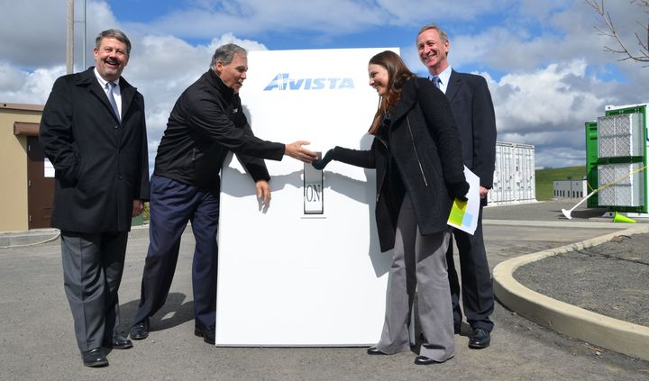 <em>Flipping the switch on a battery created by a partnership between Avista Utilities, Pacific Northwest National Laboratory