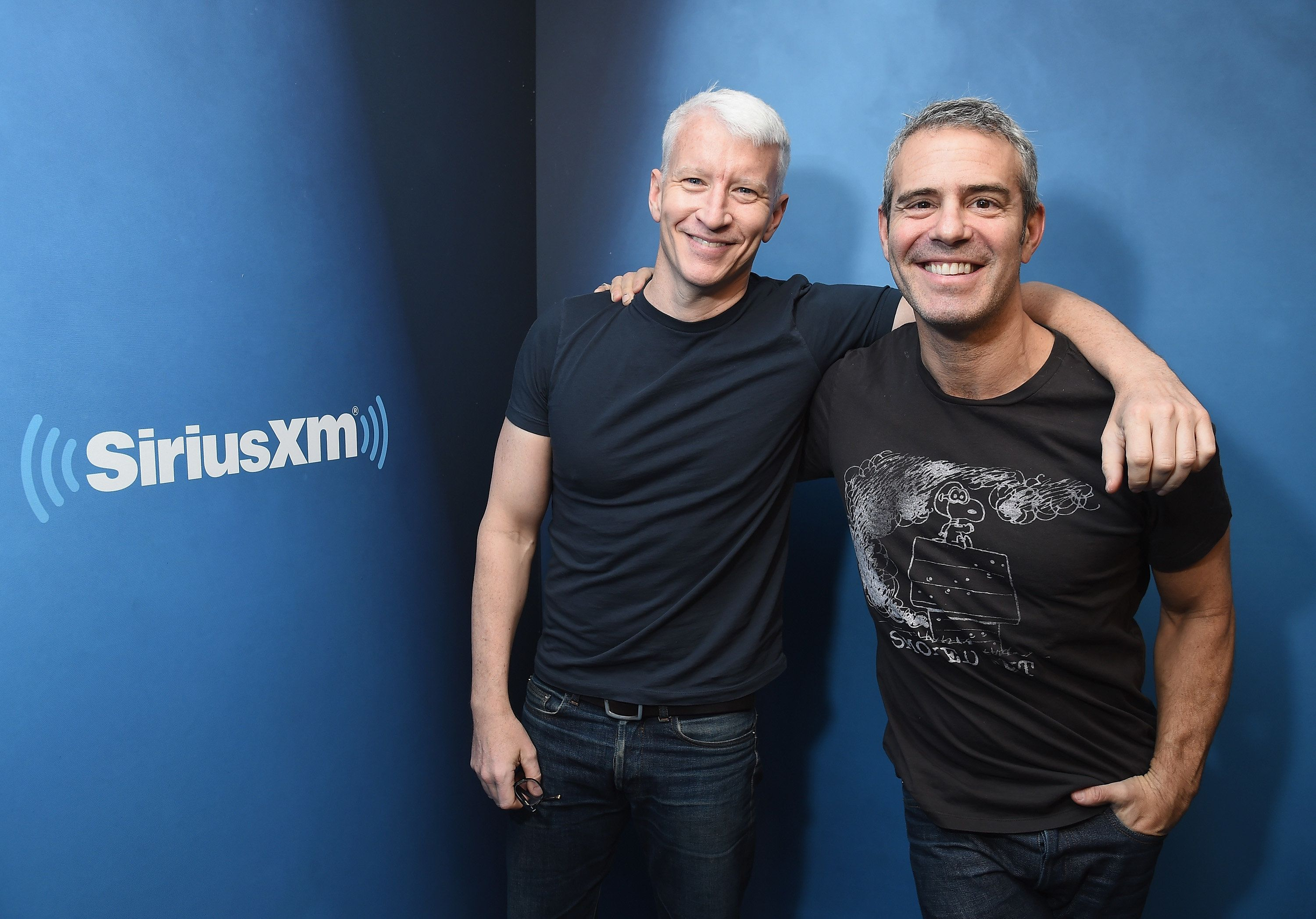 NEW YORK, NY - JANUARY 13:  Journalist Anderson Cooper (L) and host Andy Cohen at SiriusXM Studios on January 13, 2017 in New York City. (Photo by Michael Loccisano/Getty Images)