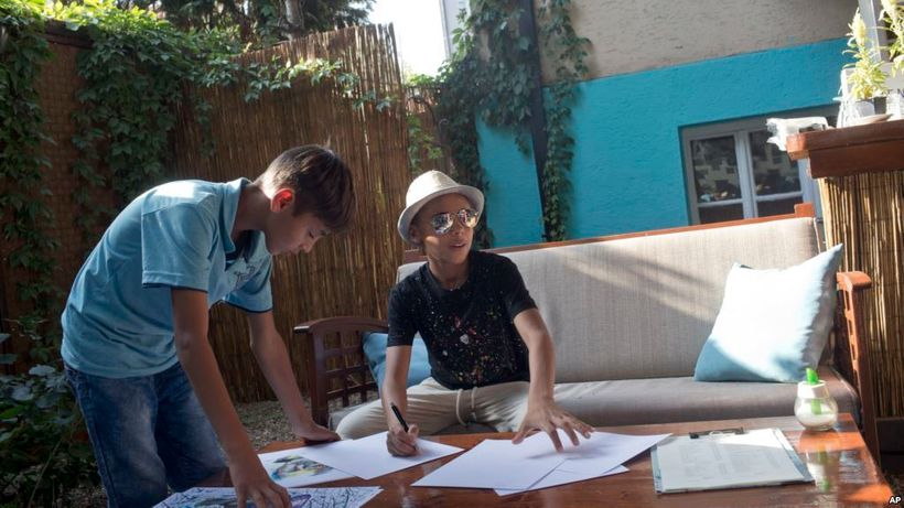 <em>Farhad Nouri, working on new pieces in Serbia, where he was recently offered citizenship.</em>