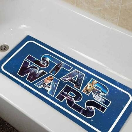 "<a href=""https://www.amazon.com/dp/B015O1Q562/ref=strm_sub_201_nad_1_4?tag=thehuffingtop-20"" target=""_blank"">Star Wars Classi"