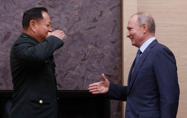 Πεκίνο και Μόσχα επικρίνουν τη νέα στρατηγική εθνικής ασφάλειας της