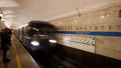 Ρωσία: Φύλακας του μετρό απολύθηκε επειδή απείλησε μεθυσμένος με όπλο επιβάτη που πέρασε για