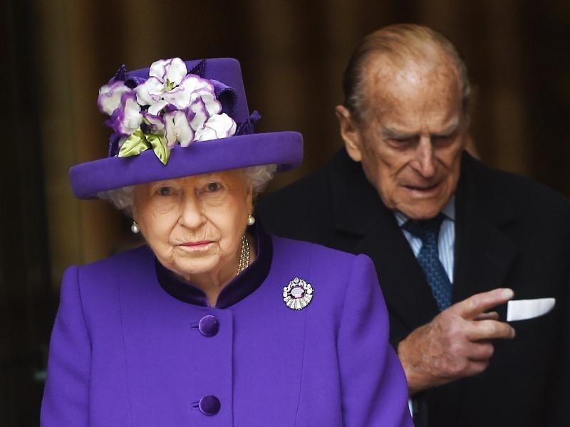 Weil sie deutsche Wurzeln hat, ist der Queen vor allem eine Weihnachtstradition sehr wichtig