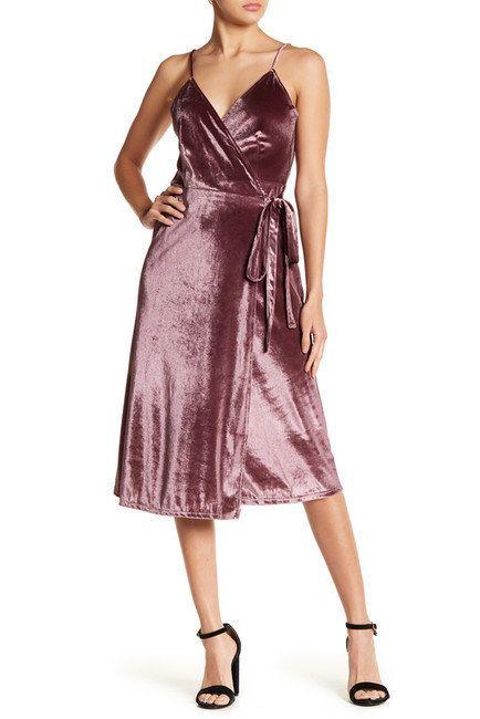 "<a href=""https://www.nordstromrack.com/shop/product/2244528/rokoko-by-dazz-velvet-midi-wrap-dress?color=LAVENDAR"" target=""_bl"