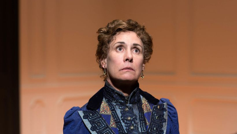 Laurie Metcalf in <em>A Doll's House, Part 2</em>