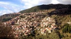 10 λόγοι για να ανέβεις στα βουνά και στα λαγκάδια της