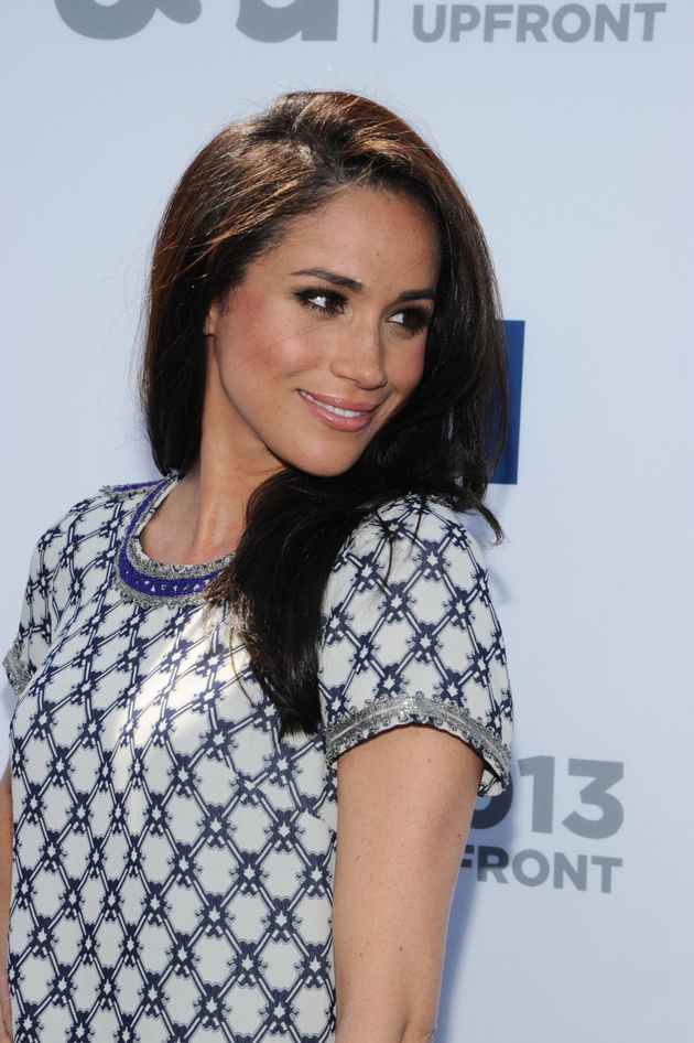 Heres how meghan markle gets her signature hairstyle huffpost solutioingenieria Gallery