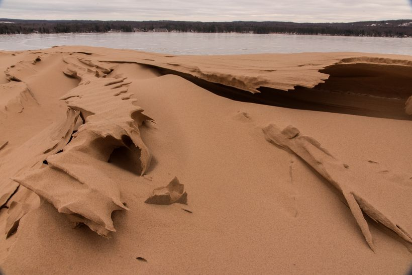 The sculpted sands with a frozen Silver Lake in the background.