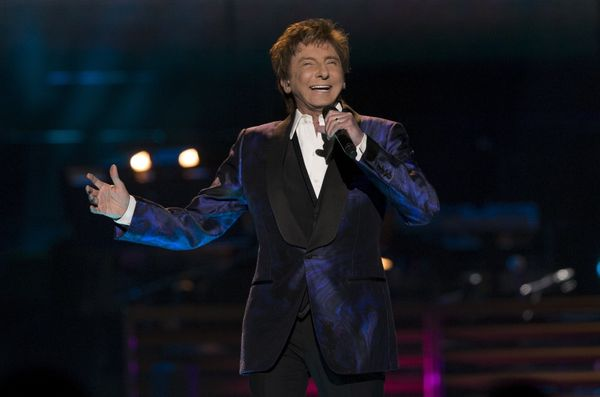 "The legendary singer-songwriter <a href=""https://www.huffingtonpost.com/entry/barry-manilow-comes-out_us_58e5102be4b0fe4ce087"
