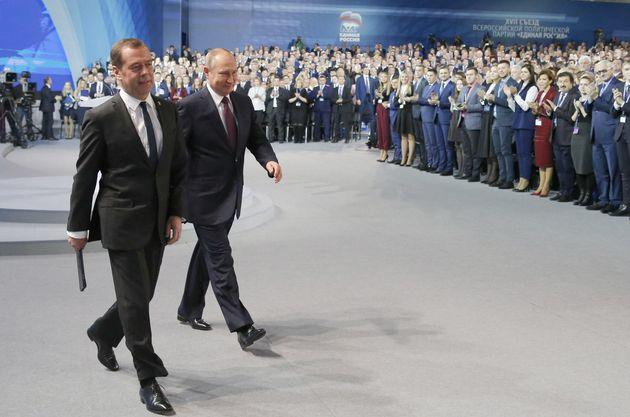 Μεντβέντεφ: Θα δώσουμε κάθε δυνατή υποστήριξη στον πρόεδρο Βλαντιμίρ