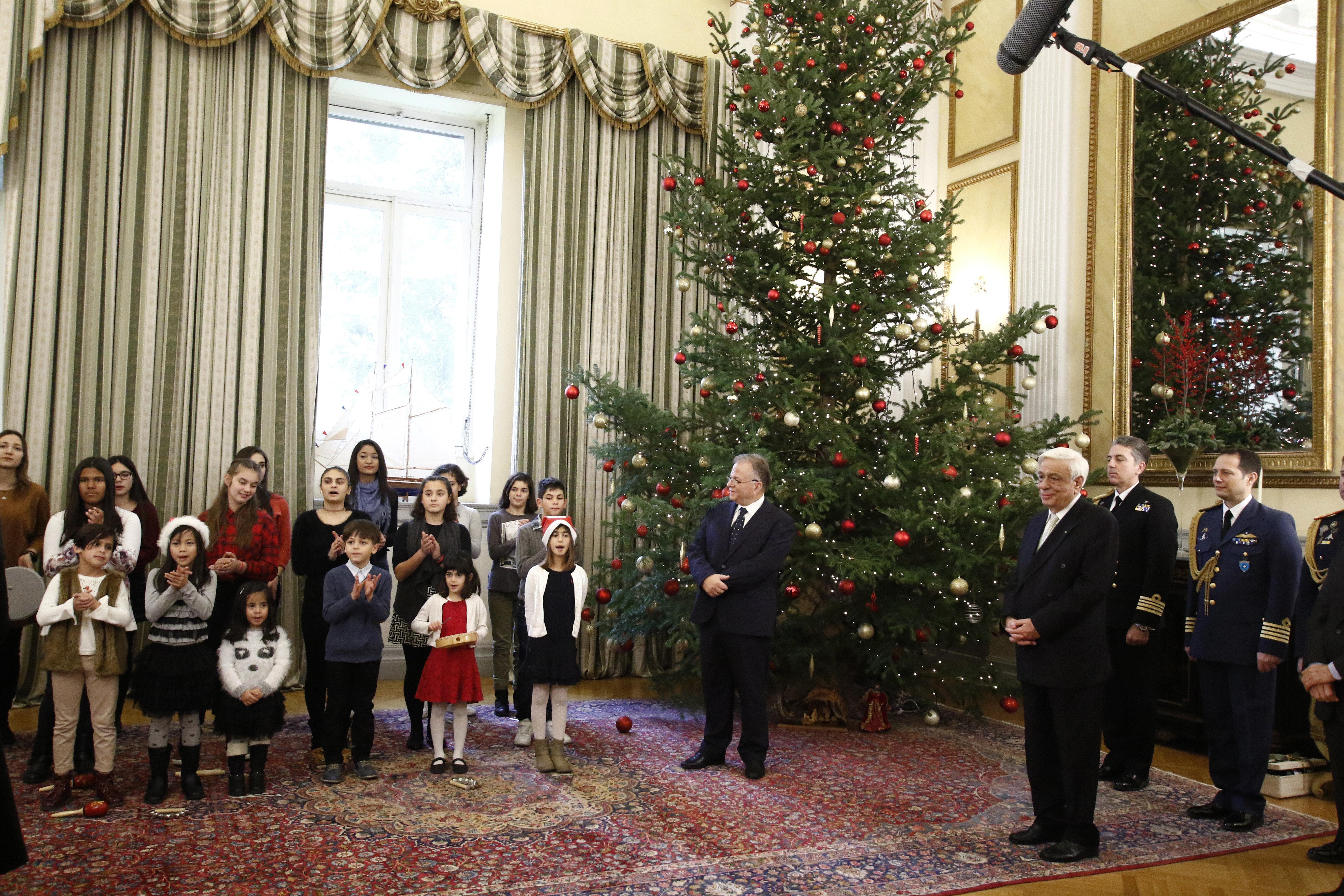 Χριστουγεννιάτικος «εξάψαλμος» Παυλόπουλου στην Τουρκία για τη συνθήκη της