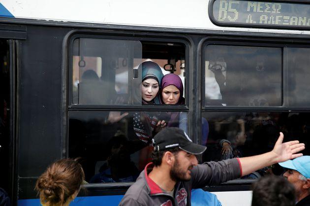 DW: Η Γερμανία δεν τηρεί τις δεσμεύσεις της στο προσφυγικό απέναντι στην