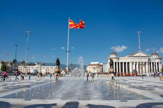 Έντονη αντιπαράθεση κυβέρνησης- ΝΔ για την ΠΓΔΜ. Τι συμβαίνει στα
