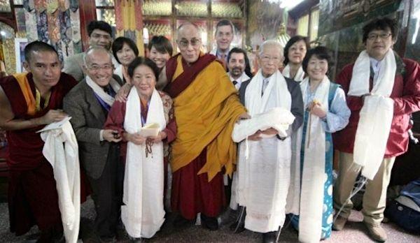 <em>Our group had an Audience with His Holiness the 14th Dalai Lama in Bodh Gaya. Photo courtesy of Yoshimitsu Nagasaka.</em