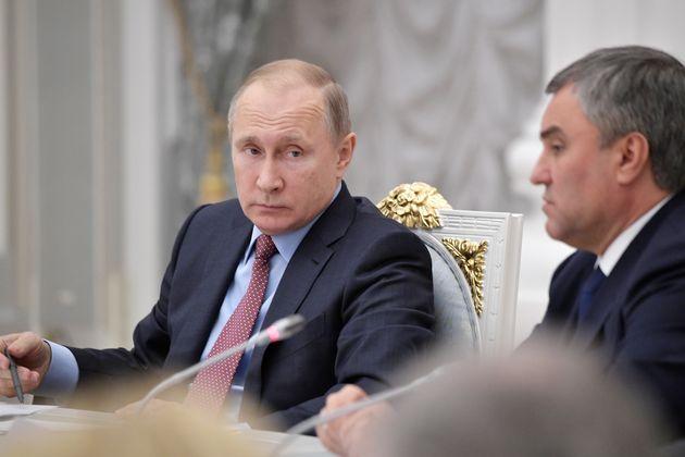 Πούτιν: Θα συνεχίσουμε να πολεμάμε την τρομοκρατία, και στη Συρία εάν