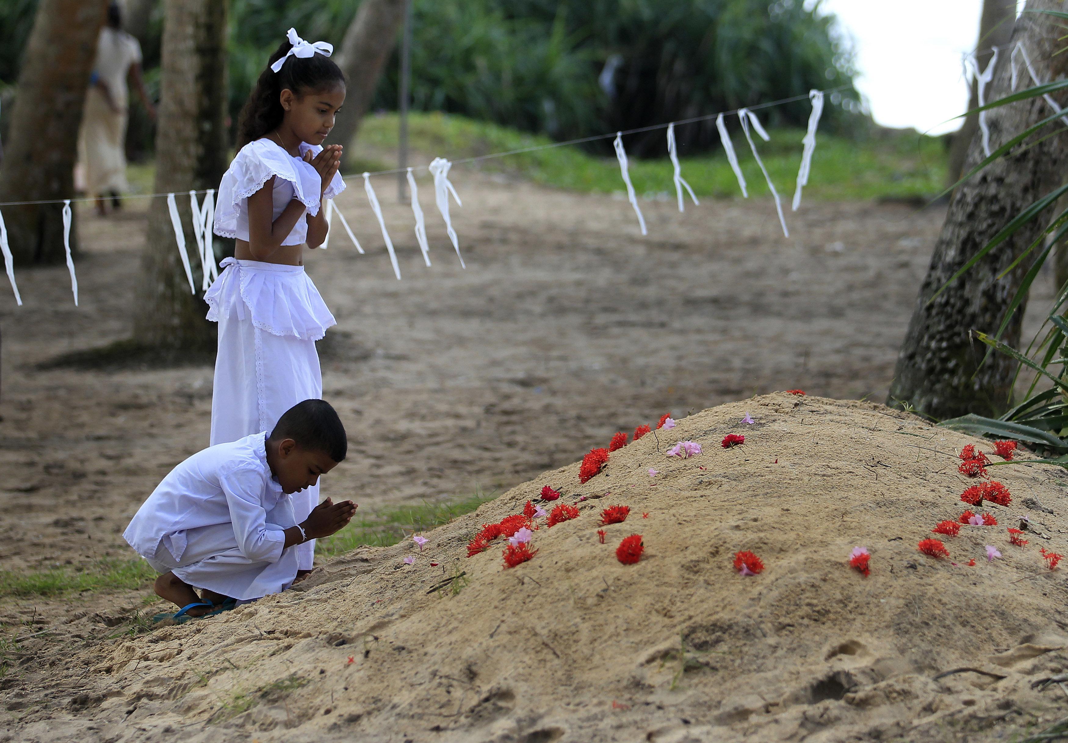 13 χρόνια από το τσουνάμι στον Ινδικό Ωκεανό: Φωτογραφικό υλικό από τη μεγάλη