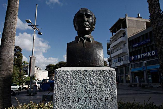 Γκρέμισαν το σπίτι του Νίκου Καζαντζάκη στο Ηράκλειο για να φτιάξουν