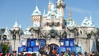 ANAHEIM, CA - NOVEMBER 14:  Emmy-nominated actress and singer Lea Michele performs the holiday favorite 'Let It Snow' from Sleeping Beauty Castle at Disneyland Park in Anaheim, Calif., November 14, 2017, during a taping of 'Disney Parks Magical Christmas Celebration.' The star-studded Christmas special airs December 25 from 10 a.m.-12 p.m. EST on The ABC Television Network. (Photo by Matt Petit/Disney Parks via Getty Images)