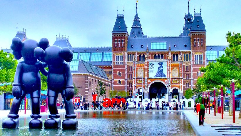 """The classic """"I Amsterdam"""" sign by  the Rijksmuseum on Museumplein."""