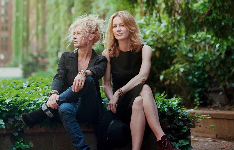 From left: Shelby Lynne, Allison Moorer.