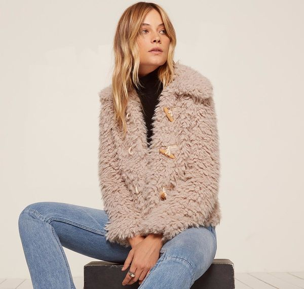 "Teddy coats are a particular style of <a href=""https://www.huffingtonpost.com/entry/faux-fur-coats-that-look-real_us_5a1da9d9"