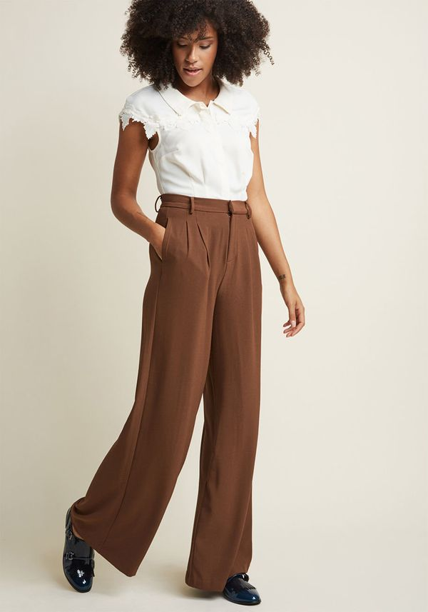 Wide-leg pants are the trouser trend that just won't let go, and it looks like they're here to stay through 2018. From wide-l