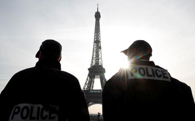 Δύο νεαρά άτομα συνελήφθησαν στη Γαλλία επειδή εκτιμάται πως σχεδίαζαν τρομοκρατικές