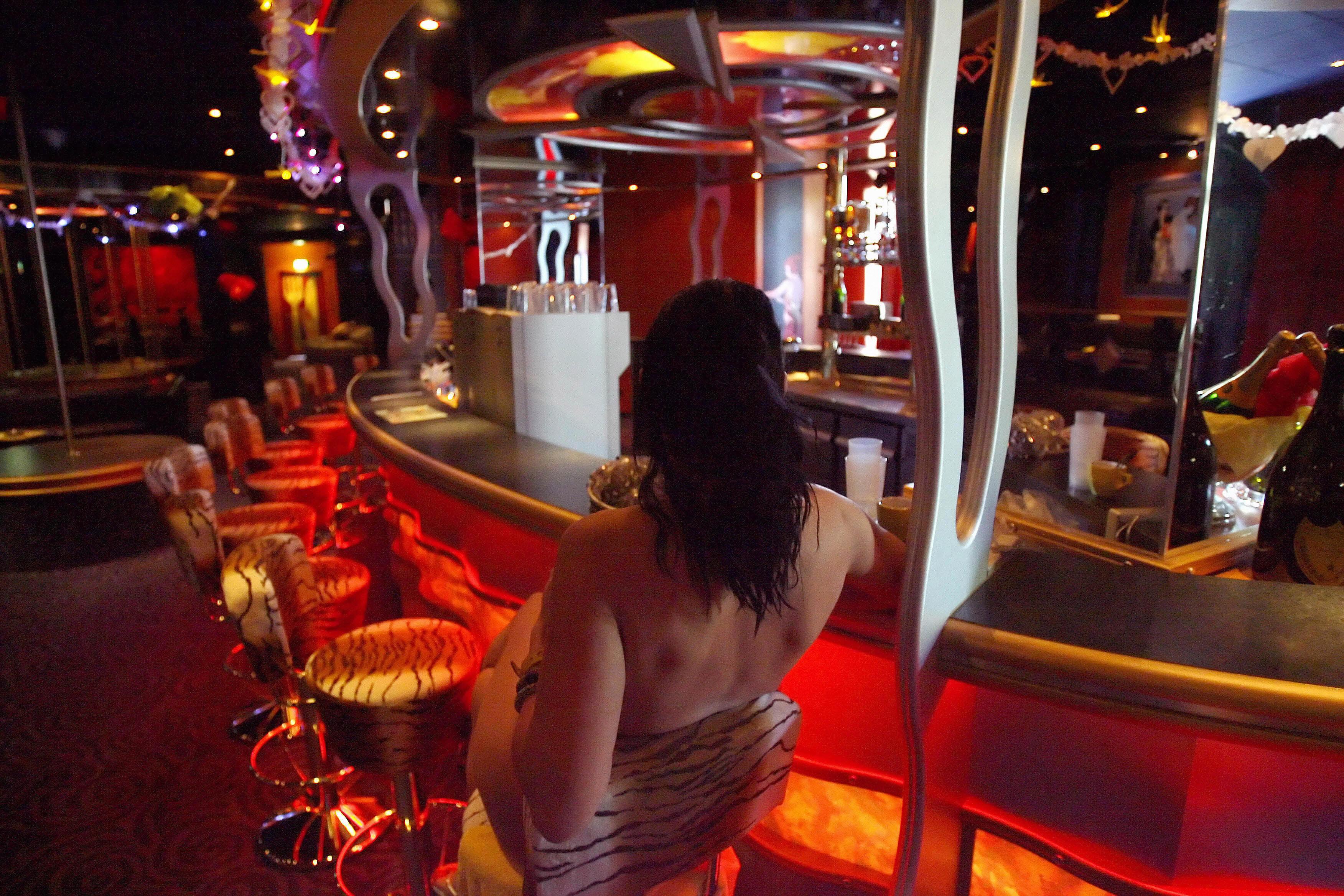 """""""Muss überleben"""": 60-Jährige arbeitet als Prostituierte, weil sie kein Hartz IV bekommt"""