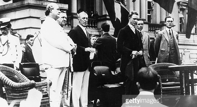Willam Jennings Bryan (white suit), Woodrow Wilson (white pants) and Franklin Roosevelt (far right).