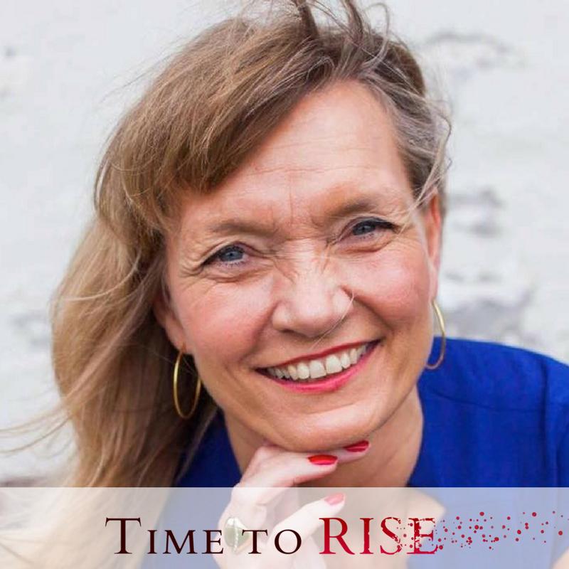 Time to Rise author, Lorena Plæhn