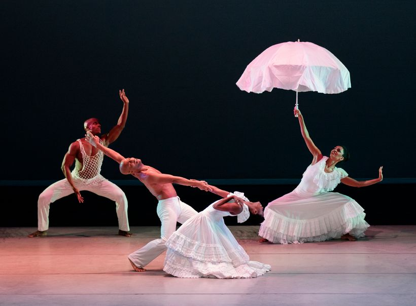 AAADT inAlvin Ailey's Revelations.