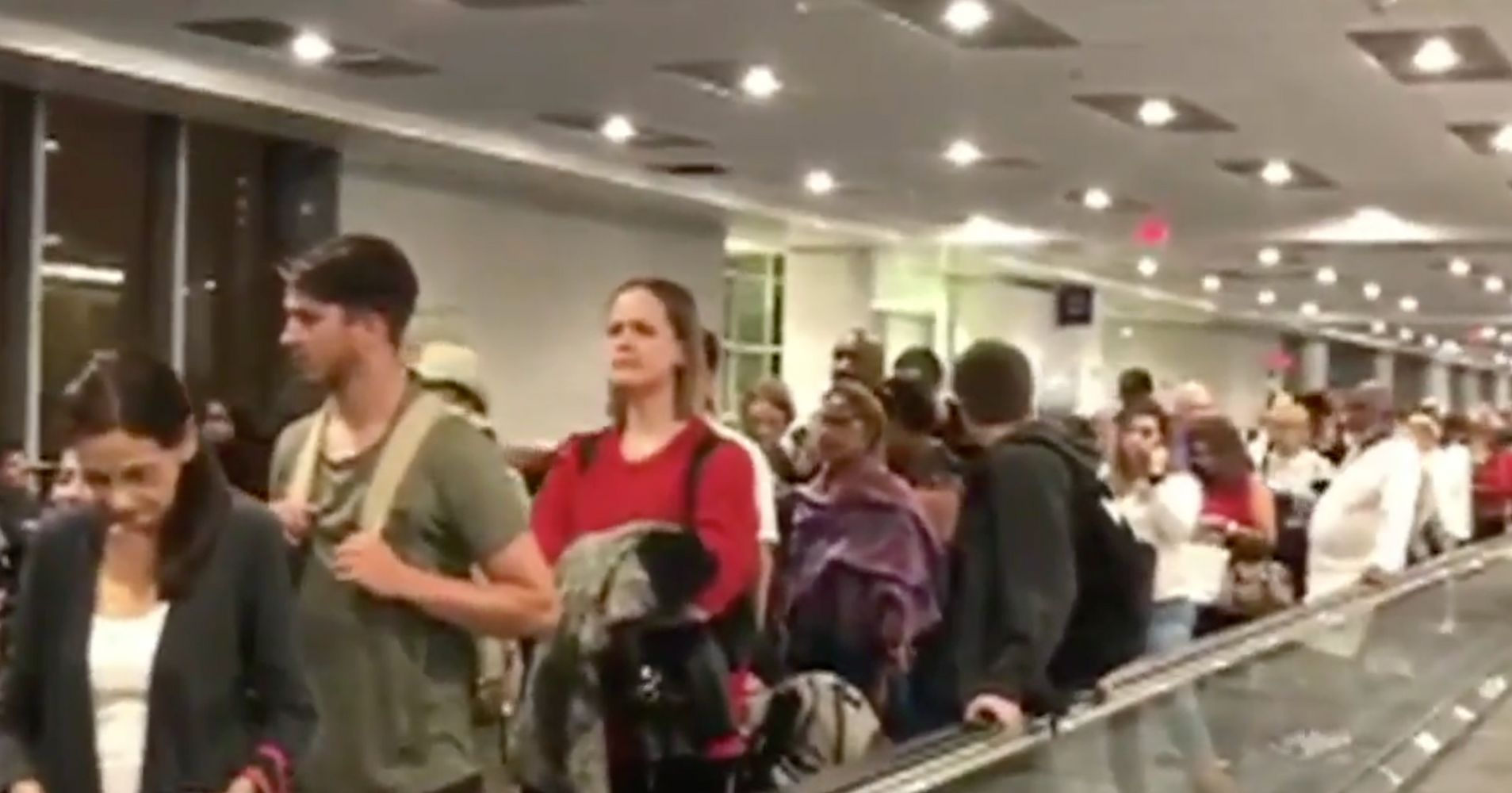Air Travelers Stuck In Long Lines After U.S. Customs Computers Go Down